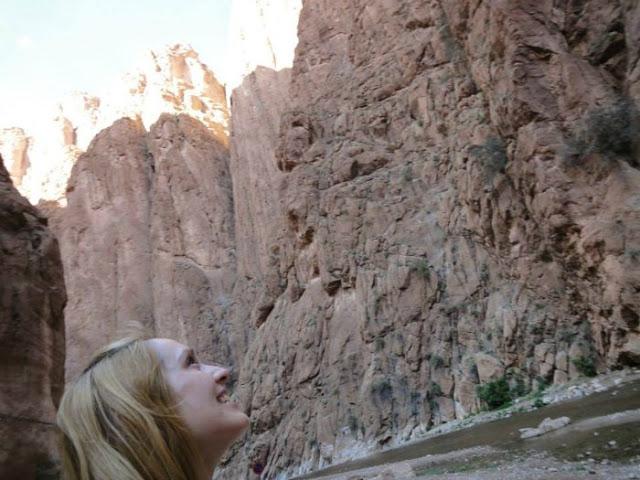 mujer-sola-en-marruecos-leer-viajar-y-compartir