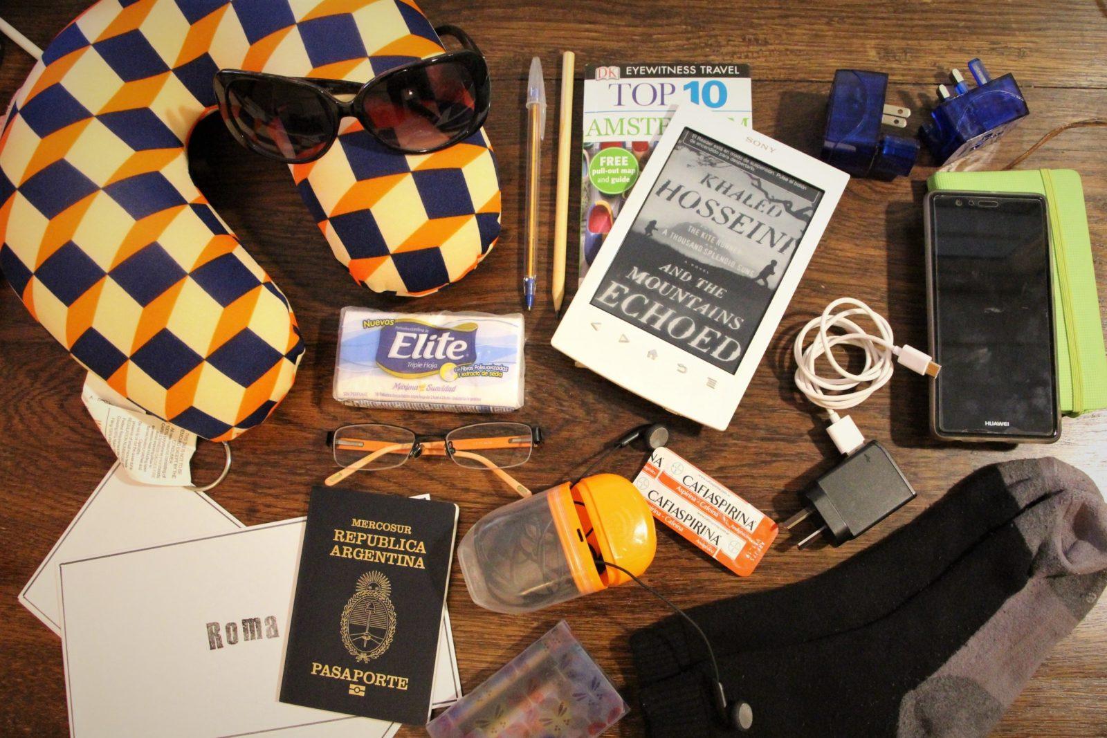 b50279277 Todo lo que necesitás llevar en el equipaje de mano del avión
