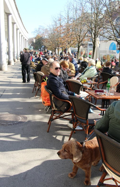 cafe-ljubljana-eslovenia-leer-viajar-y-compartir