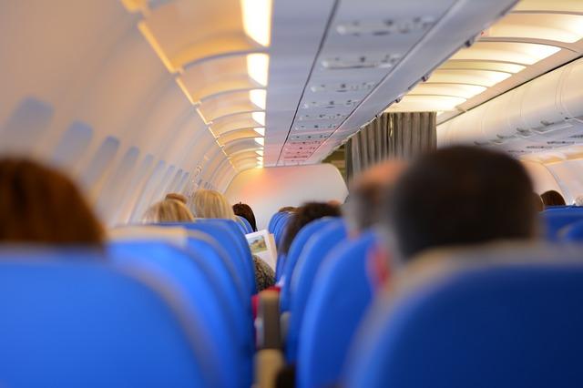 Volar en avión
