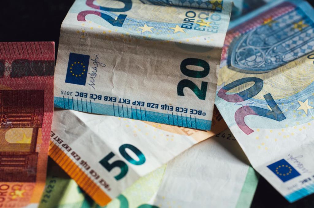 mejor lugar para cambiar dólares a euros en España